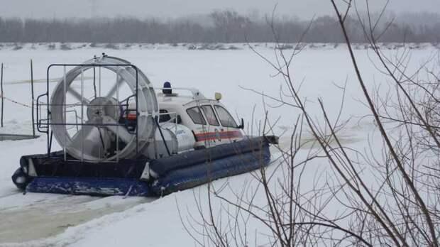 Спасатели: безопасных участков назамерзших водоемах вРостовской области нет