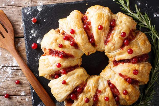 """Рецепт новогоднего мясного пирога """"Веночек"""""""