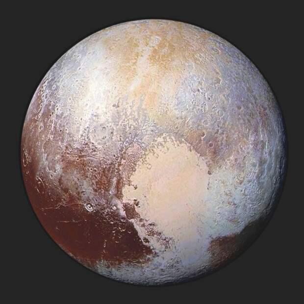 Невероятный факт: Россия больше Плутона.