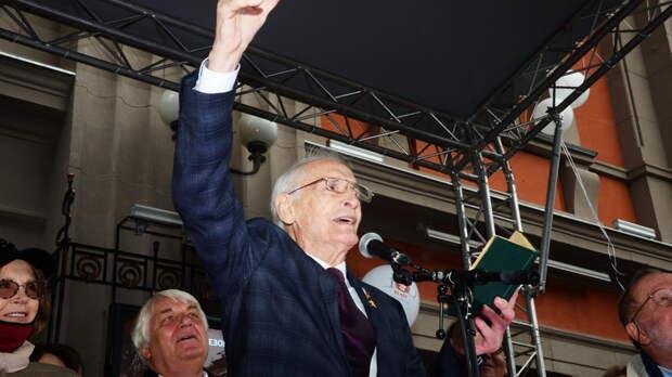 Неисполненная мечта Василия Ланового: Президента надо убедить...