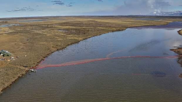 Знал, но скрыл? Мэр Норильска ответит за разлив 20 тысяч тонн дизтоплива в реки