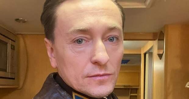 """Фото """"Продал Родину"""". Безрукову досталось за поддержку поправок к Конституции"""