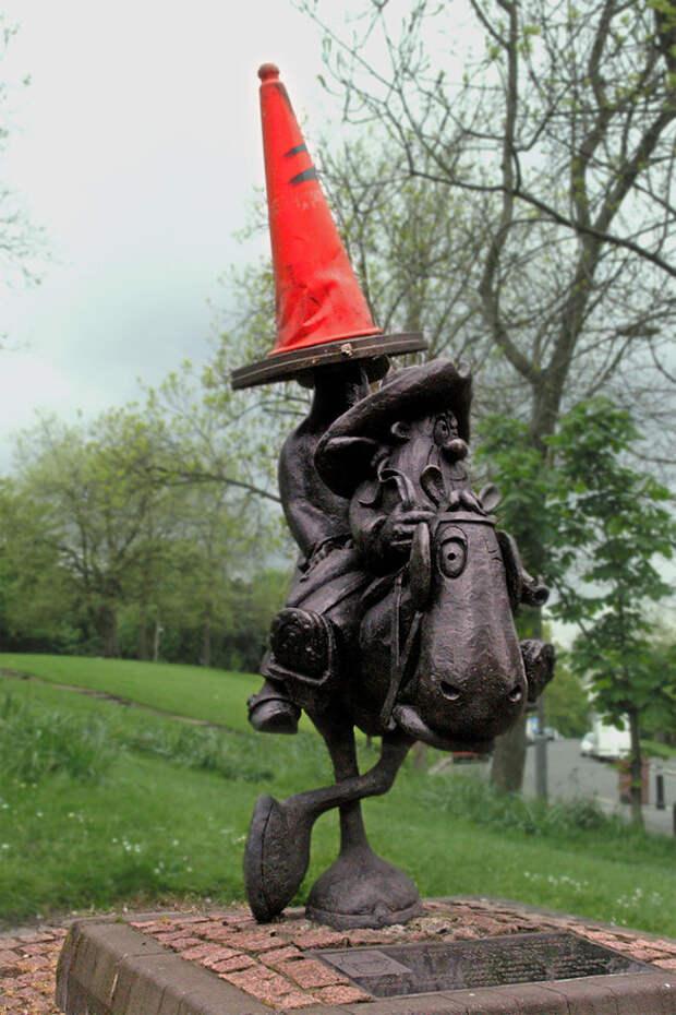 Памятник мультяшному герою Лоби Доссеру, Глазго, Великобритания, Европа