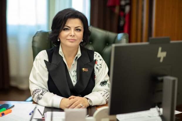 Елена Николаева: Трудовой мигрант должен быть официально оформлен и застрахован