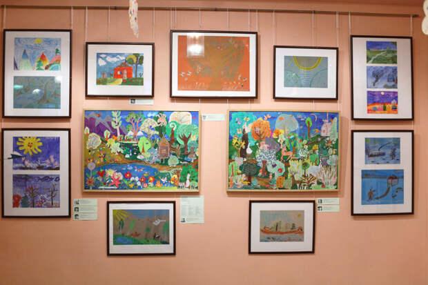 В центре на Дмитровке открылась выставка детских работ «Наш рукотворный мир»