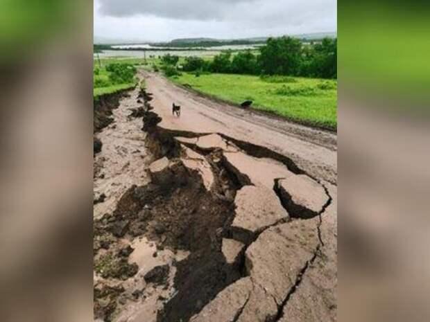 Жители сел Нерчинско-Заводского района своими силами ремонтируют рухнувший мост