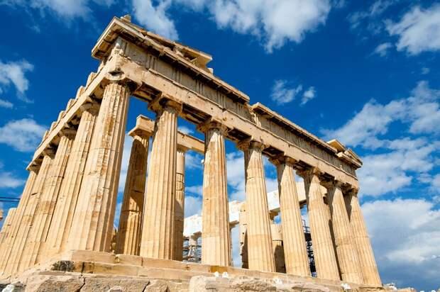 Возобновлены полеты в Сингапур и Грецию