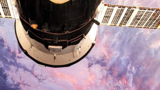 Запуск космического корабля Starliner к МКС решили отложить