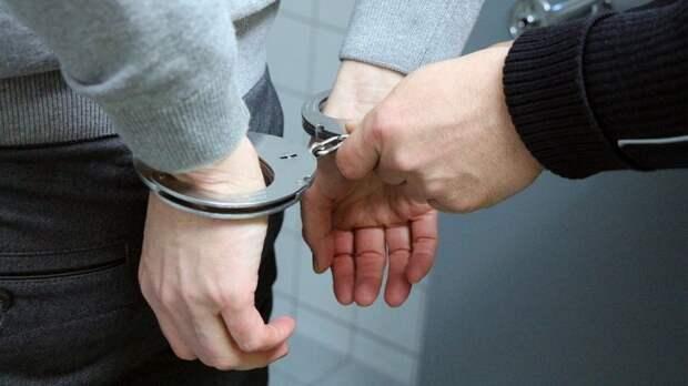 В САО полицейские задержали ранее судимого приезжего по подозрению в грабеже