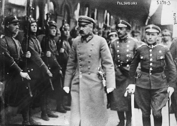 «Великая Польша от моря до моря»: почему Пилсудский хотел объединить всех славян, кроме русских