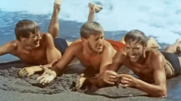 кадр из фильма «Три плюс два», 1963 год, Евгений Жариков, Андрей Миронов и Геннадий Нилов