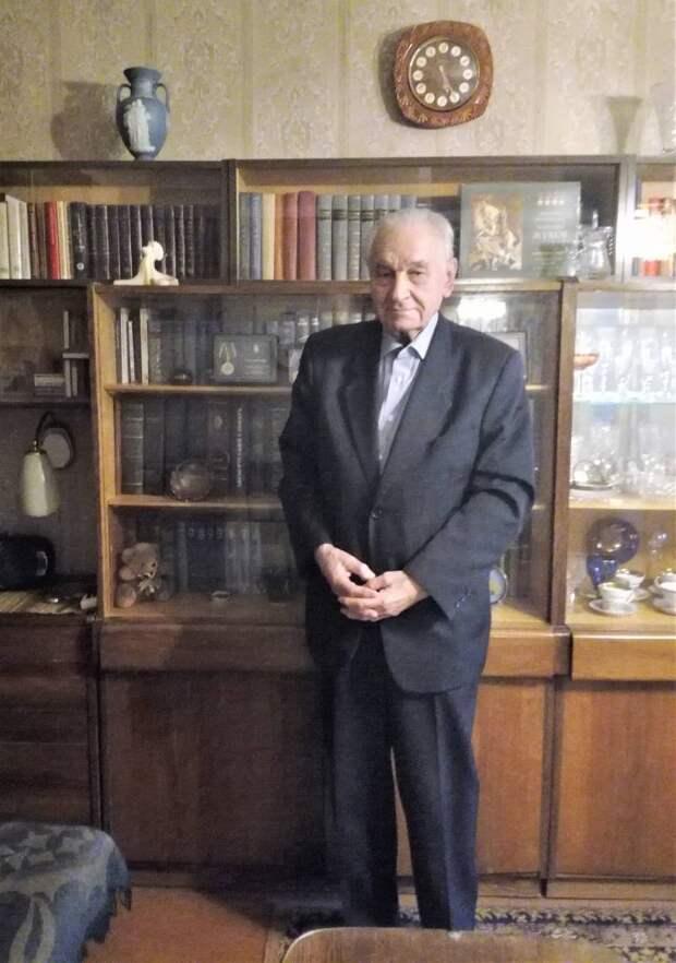 Владимир Сибанов: в Австрии нас встречали молчанием, в Чехословакии — красными флагами