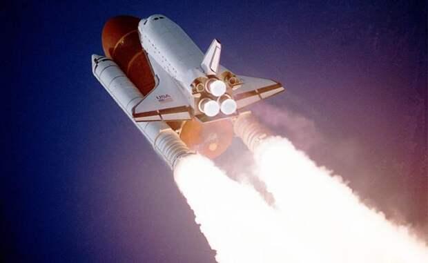 Миссия Space Shuttle: Нырнуть из космоса, и сбросить ядерную бомбу на Кремль