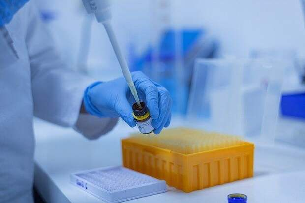 США могут забраковать 70 миллионов доз вакцины от коронавируса J&J