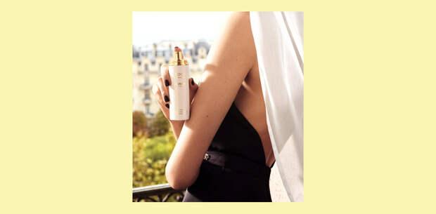 В wish list: дымка для волос и гель для душа из лимитированной линии Chanel (они в дорожном формате и пахнут летом)
