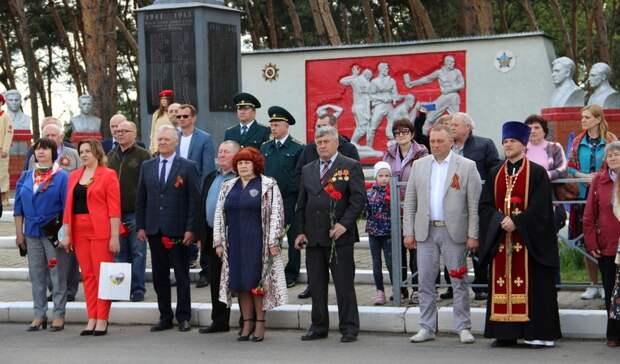 ВБелгородской области появился памятник ввиде боевой разведывательной машины
