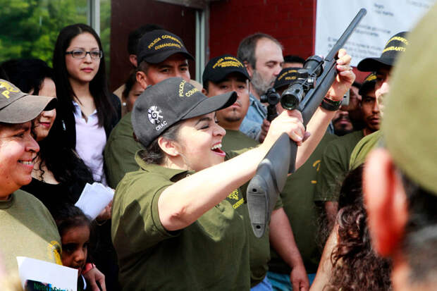 Как простая мексиканка Нестора Сальгадо объявила войну наркокартелям