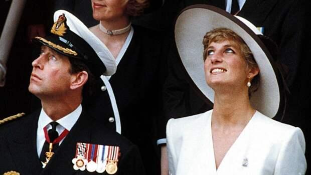 Принц Чарльз сделал пугающее предсказание для Дианы перед свадьбой