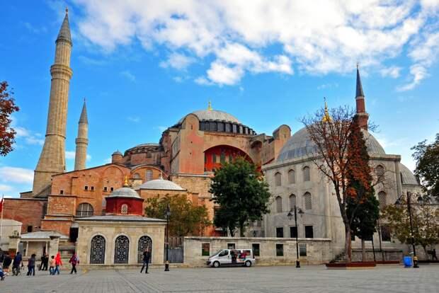 Авиасообщение с Турцией может быть открыто с 1 июля