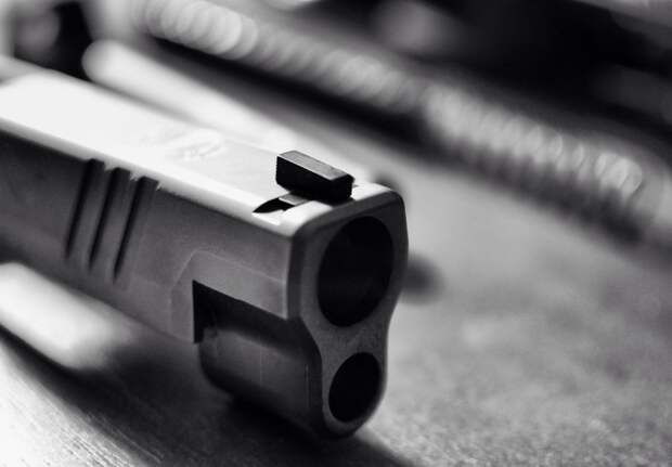 Житель Ижевска выстрелил из травматического пистолета в таксиста