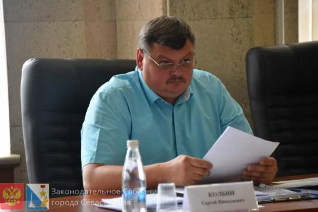 Севастопольскому единороссу подарили пост сенатора