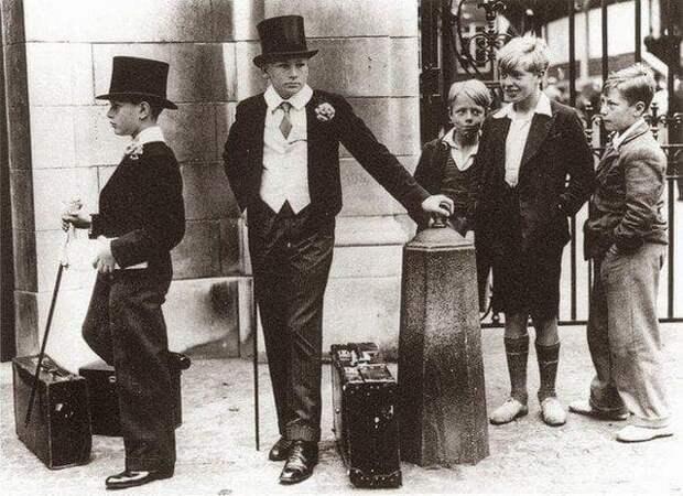 Фотография, иллюстрирующая классовое расслоение в довоенной Англии, 1937 год