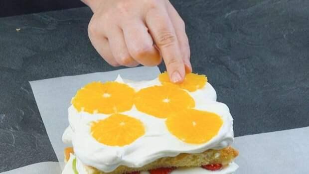 Бисквитный торт Натюрморт