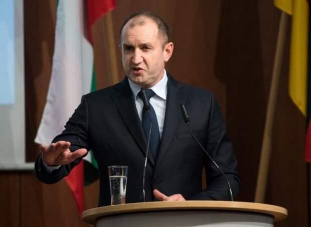 Президент Болгарии Радев встал грудью за Россию: «От санкций только вред»