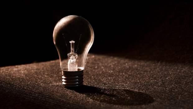 Улицы Севастополя и Симферополя остались без электричества