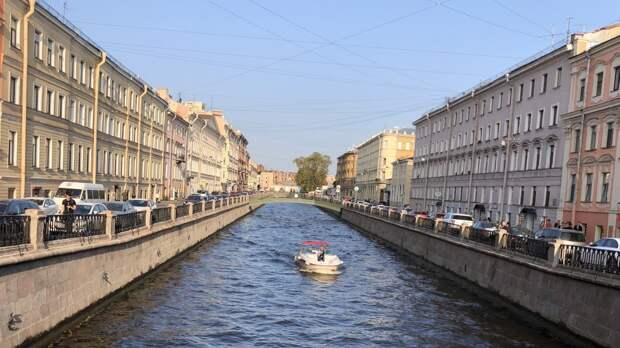 Потепление до +13 градусов ожидается в Петербурге в День Победы 9 мая