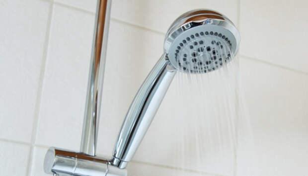 Горячую воду отключат на выходные в десятках домов Петрозаводска