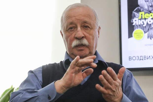 Якубович назвал интернет «помойкой»