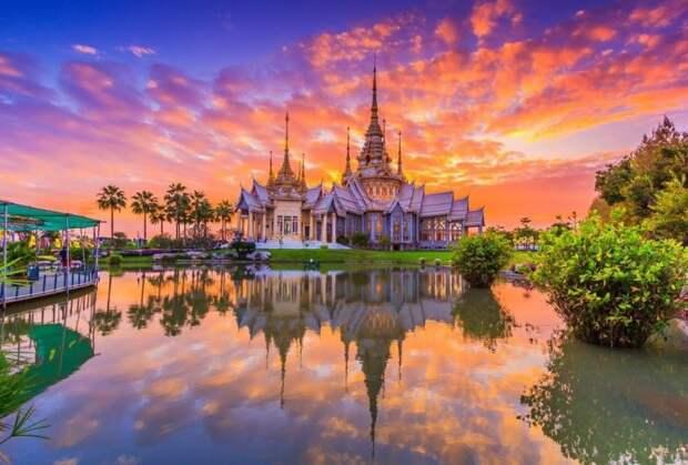 Въезд в Таиланд для россиян стал безвизовым