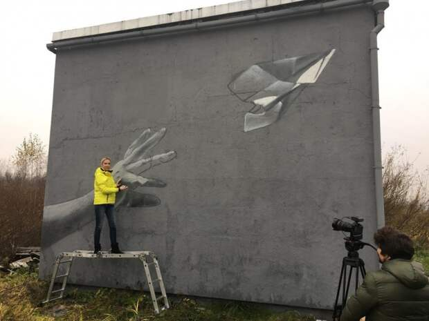 В Питере нарисовали граффити в память о погибших в авиакатастрофе над Синаем