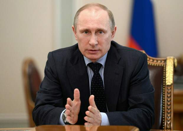 Что обсудил и над чем посмеялся Путин на заседании коллегии ФСБ