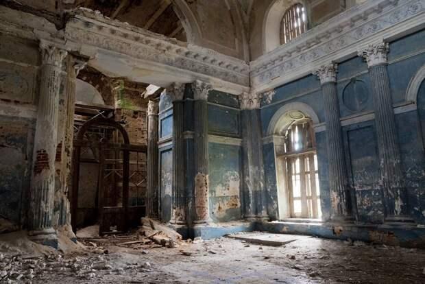 Пустой Казанский храм Пресвятой Богородицы в Яропольце, Cartela заброшенные здания, маяк, просторы, россия, церкви