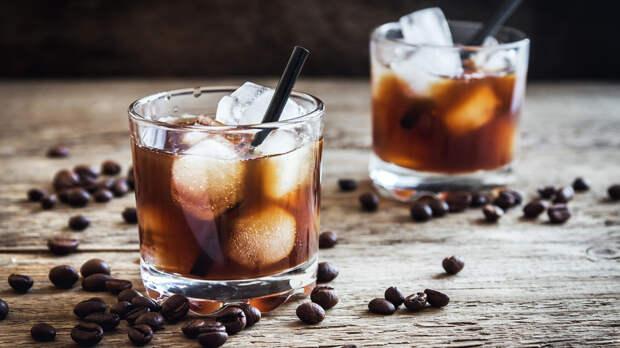 «Черный русский»: почему так назвали знаменитый коктейль? (РЕЦЕПТ)