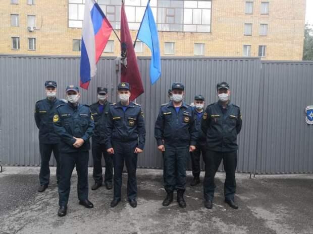 В пожарно-спасательных подразделениях МЧС САО проведены торжественные мероприятия, посвященные Дню России