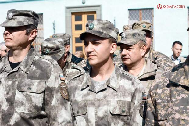 Глава ДНР Захарченко посетил Крым в годовщину референдума о присоединении к России 12