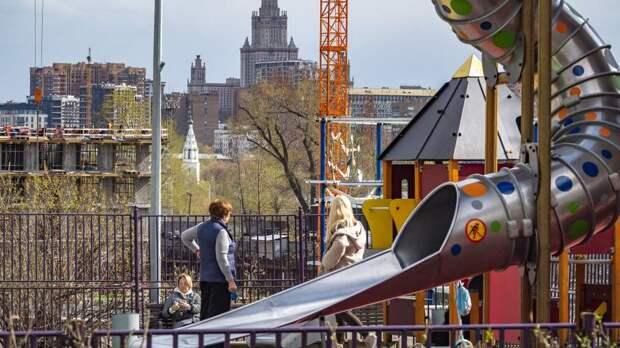 Пострадавших на игровой площадке Петербурга детей пригласили на реабилитацию