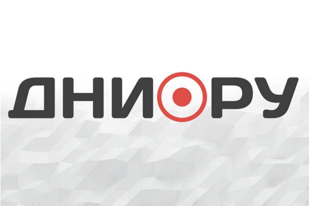 Горящий склад в Омске тушила сотня человек