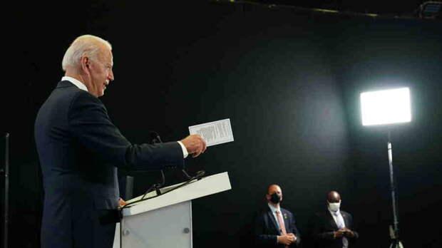 Владимир Карасёв: Президент Байден пускает ВМС США на дно