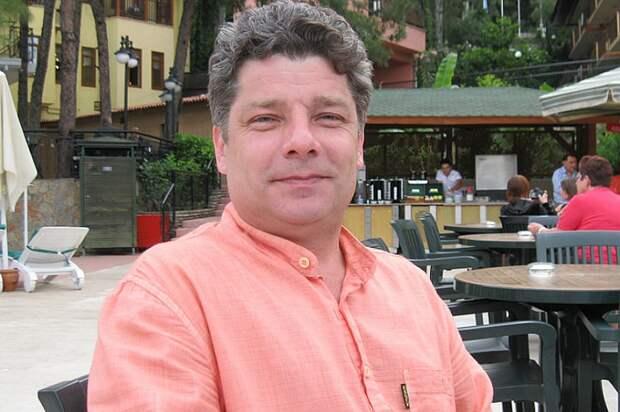 Сергей Захаров, погибший в автокатастрофе из-за Ефремова.png