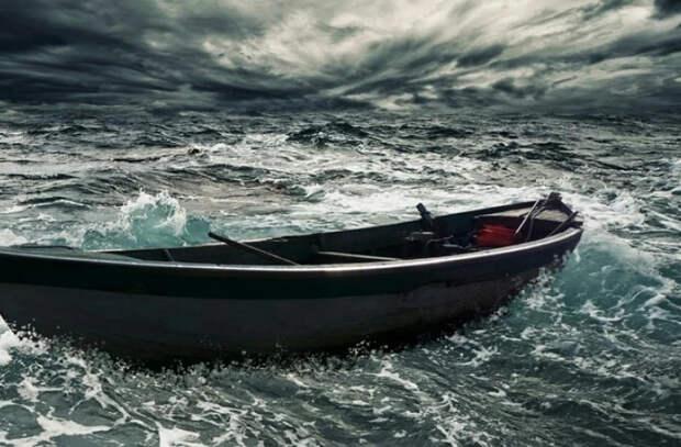 История девушки, выжившей после 22 дней на лодке в открытом океане