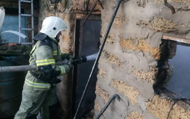 Мужчина погиб на пожаре в Симферопольском районе