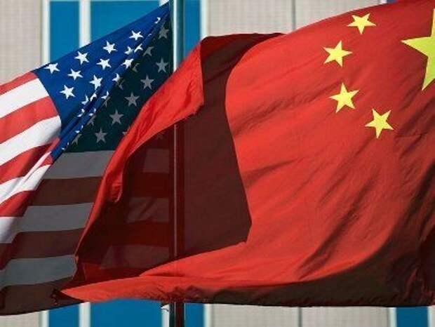 США и Китай обменялись обвинениями на фоне роста военной напряженности