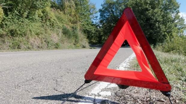 Пассажирский автобус попал в аварию под Астраханью