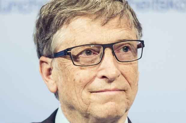 Билл Гейтс нанял адвокатов, которые занимались разводом Безоса