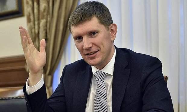 В российском регионе чиновников пересадят со служебных машин на такси