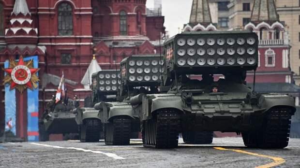 Как прошел первый после года пандемии парад Победы в Москве